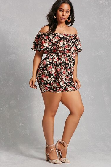 a49bcda12ce Forever 21+ - A textured woven romper featuring an allover floral print