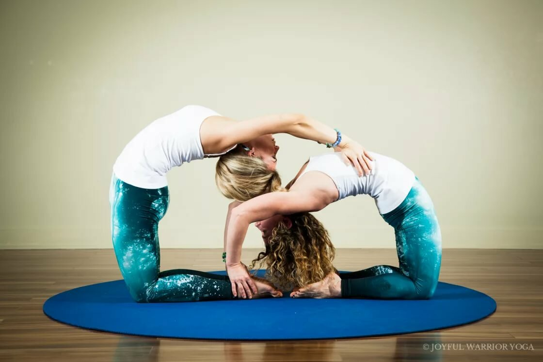 хотя картинки йога на двоих думать