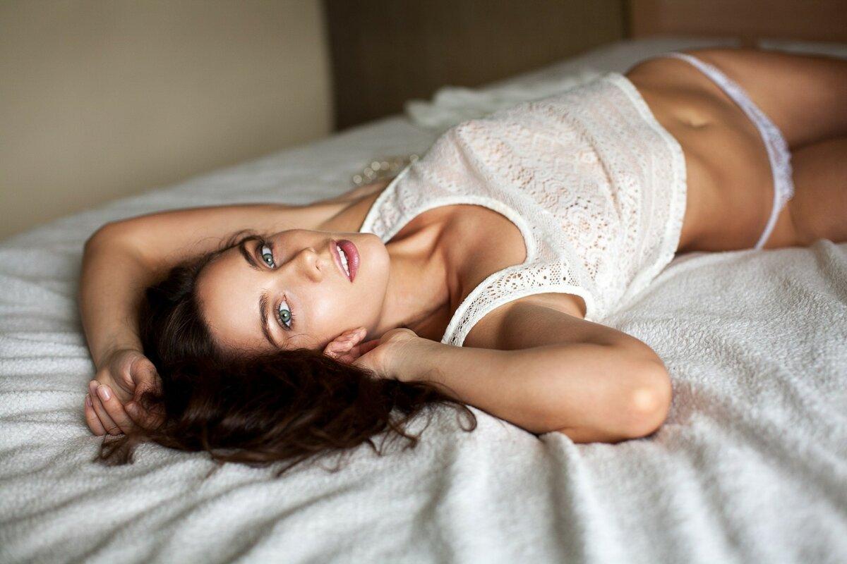 красотки в постели - 4