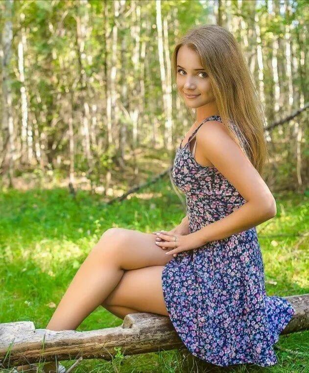 женщина вначале фото частное русских красавиц виде