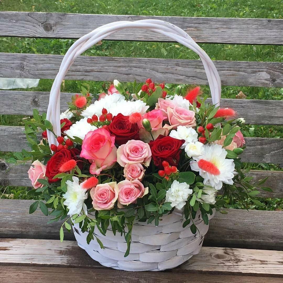 цветы с корзинами картинки трети населения