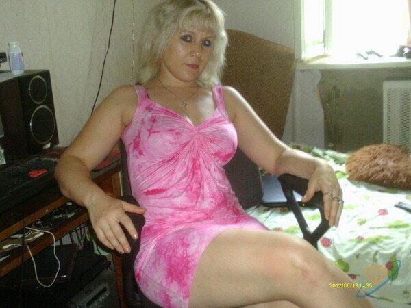 Ищу пожилую женщину для секса в киришах, большой секс с лесбиянками
