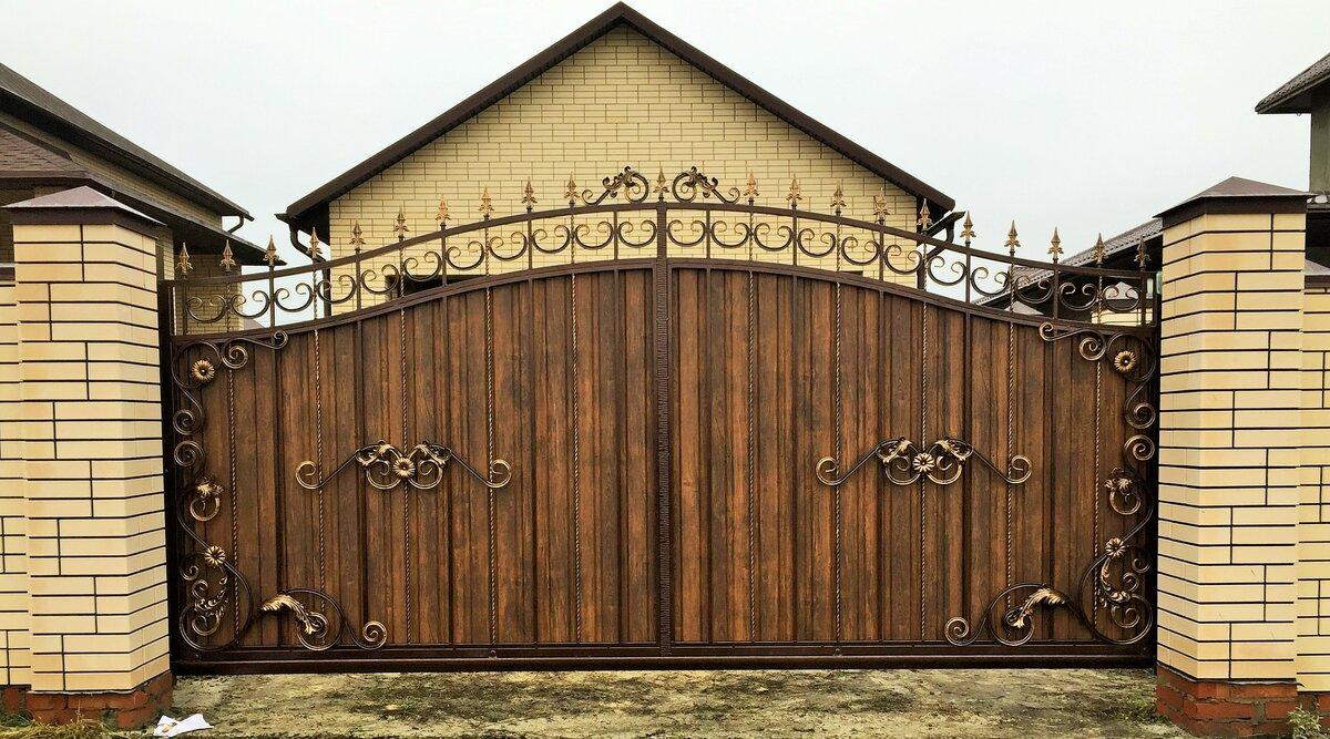 фотообоев заключается кованые ворота с деревом фото талантливые