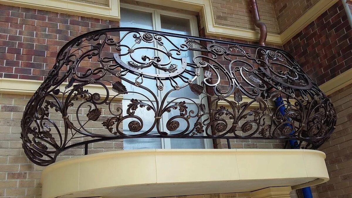 Кованый балкон картинки