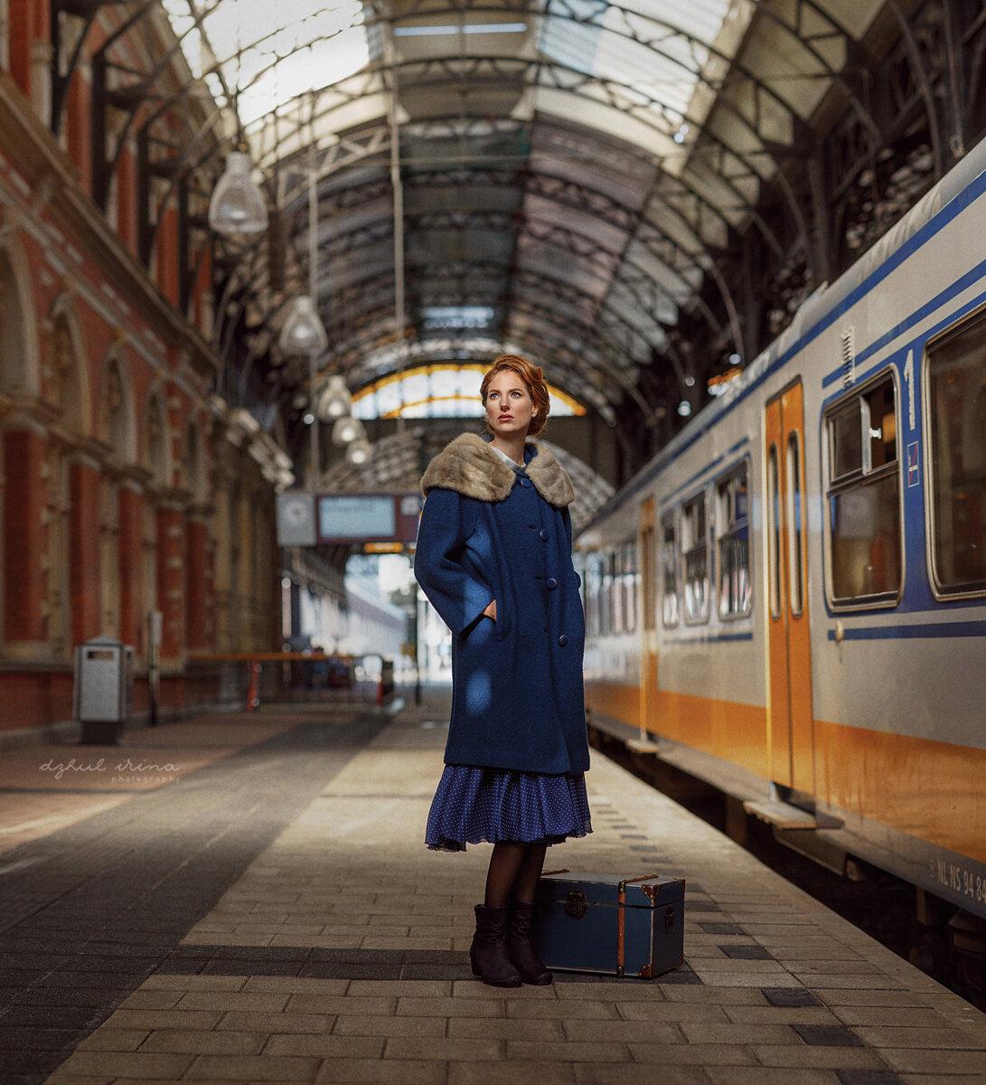 фото крупных женских поезд пульсирует