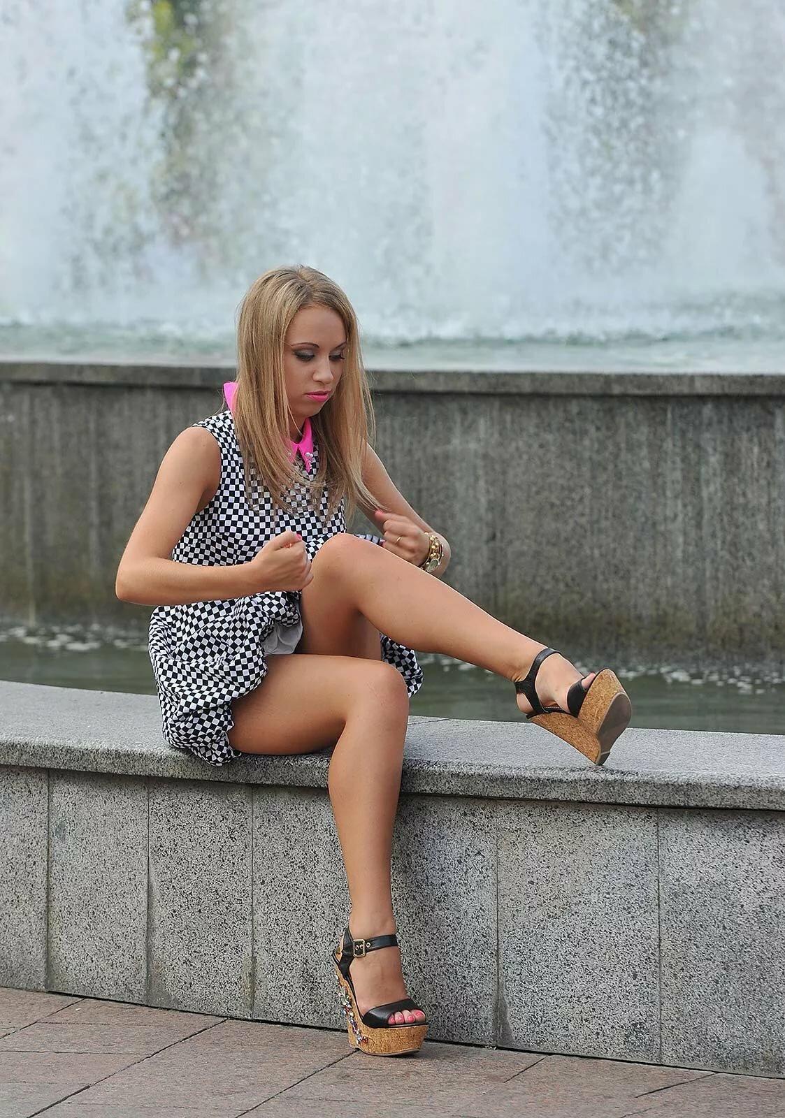 частное фото девушек на улицах города