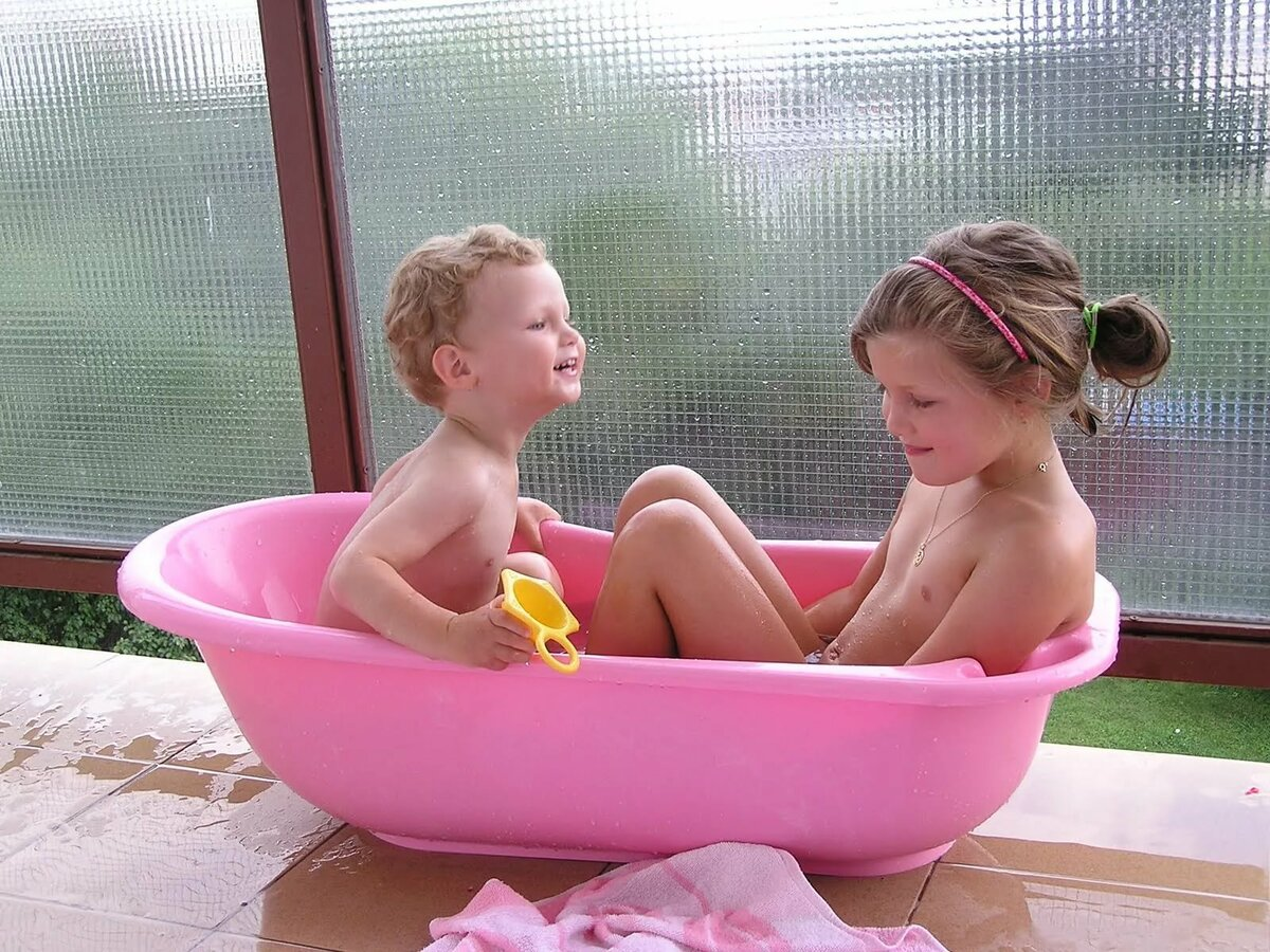 girls-bathing-videos-sexy-sister-and-bhoter-xxx-photos