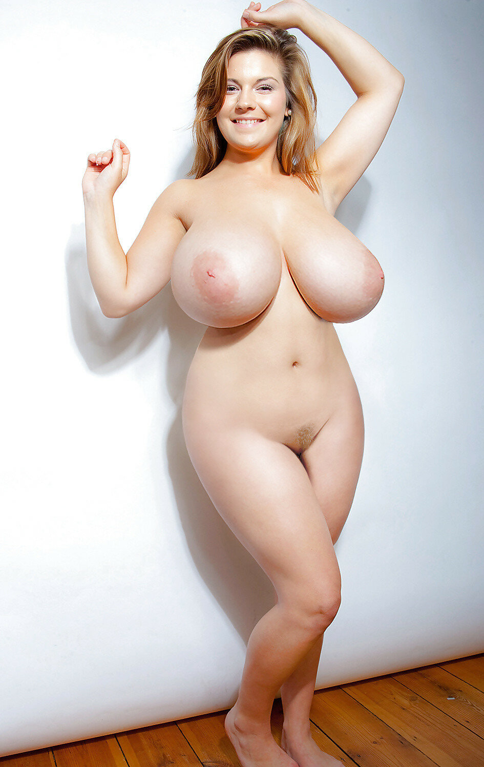 extra-large-women-naked-shemale-videos-highted