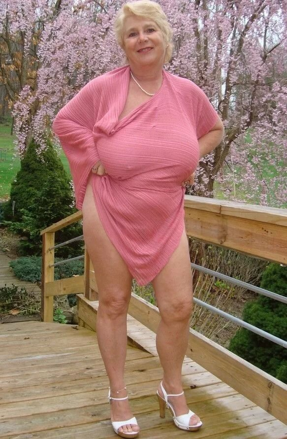 Oldest nude saggy grandmothers pic galleries