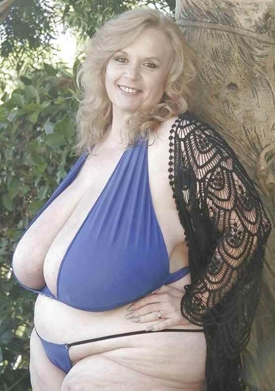 mature amateur sexy lady video