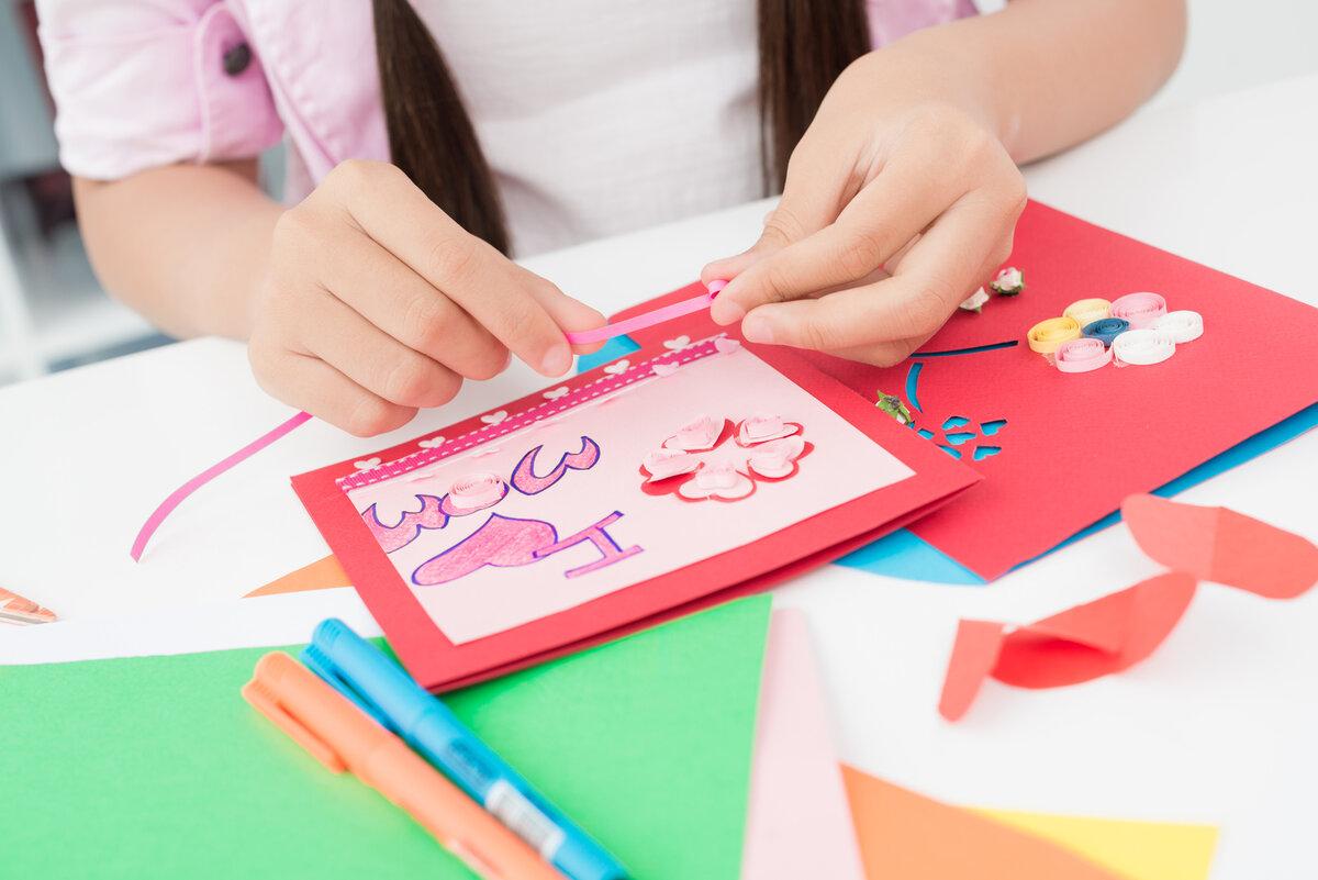 Игра делать открытки маме