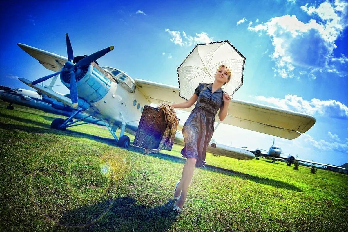 Девушки которые летают на самолетах