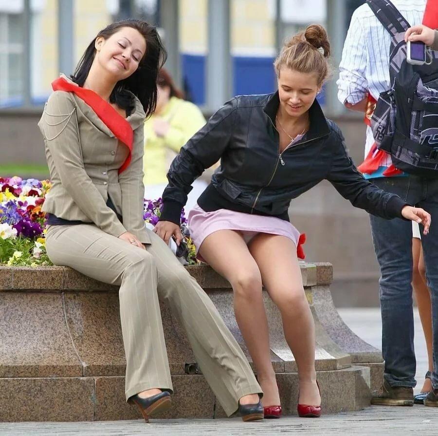 Girls upskirts photos