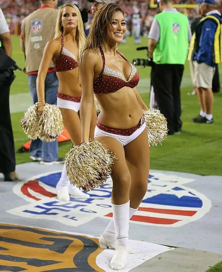 Naked cheerleaders no guys #5