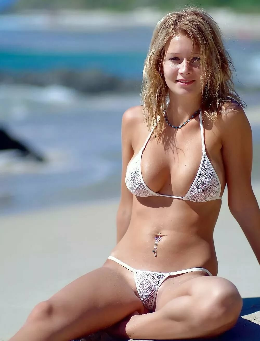 Bikini in small woman