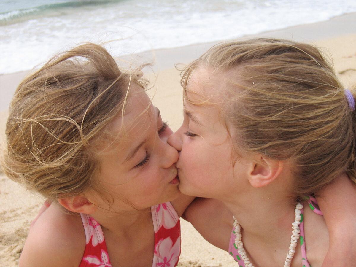 videos-of-hot-little-teen-lesbians-skinny-anal-redhead