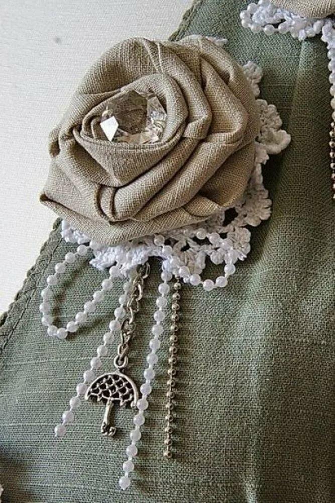 10 очаровательных брошей из мешковины, которые украсят ваши наряды - Ярмарка Мастеров
