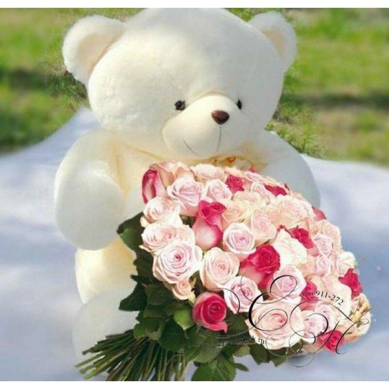 большой букет белых роз фото и большой белый медведь прижала руки груди