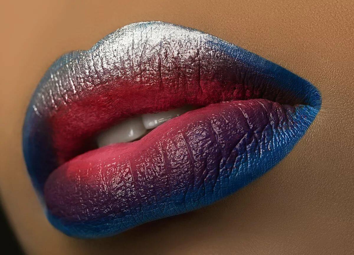 Красивые фото губ на аву