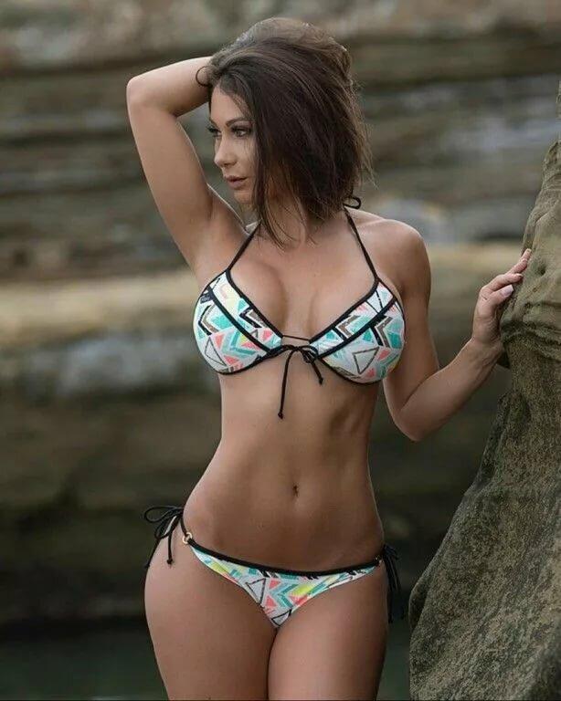 girl-nude-hot-bikini-girl-photo