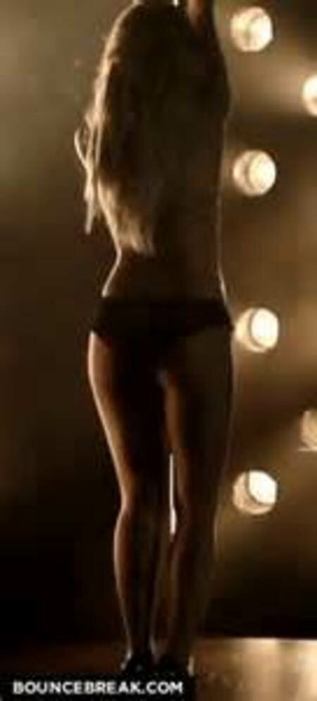 girl-strip-gif-the-girl-from-lady-antebellum-naked