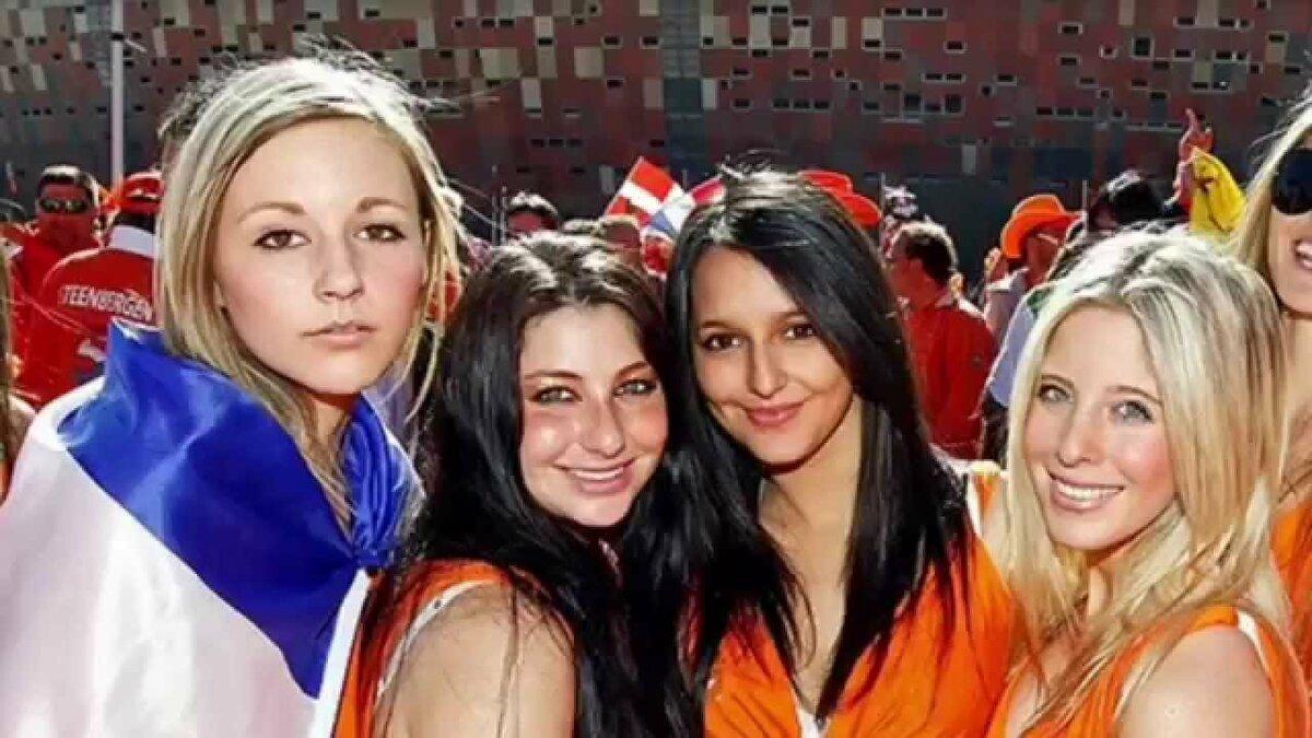Очень большого смотреть домашнее фото девушек из голландии мамки порно
