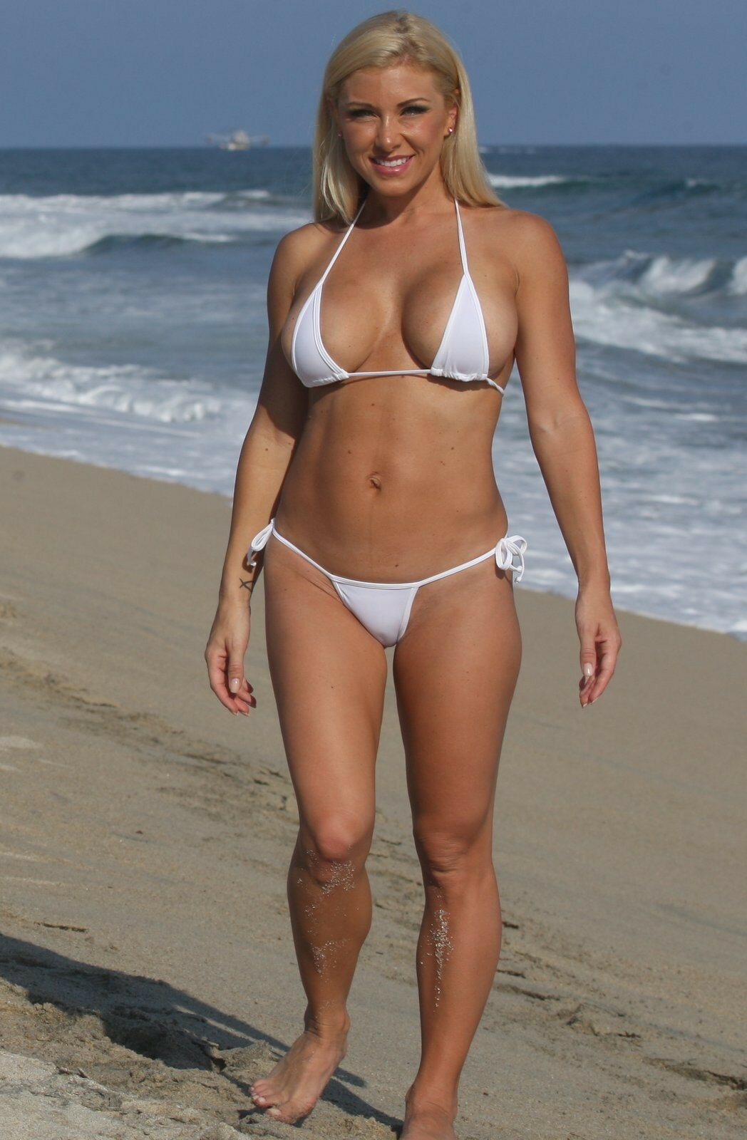 beautiful-bikini-moms-hottest-nude-girl-face