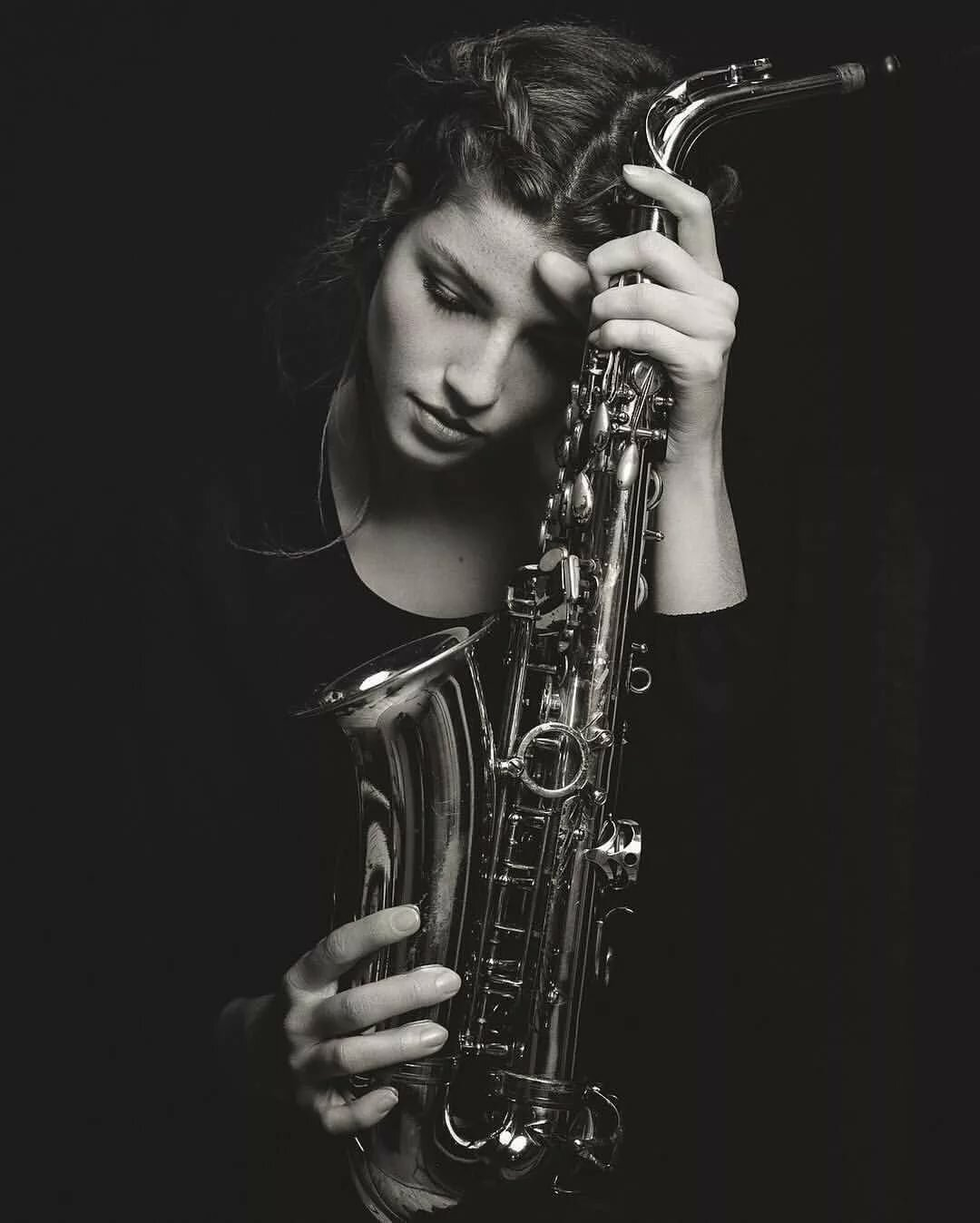 фотосессия с саксофоном идеи