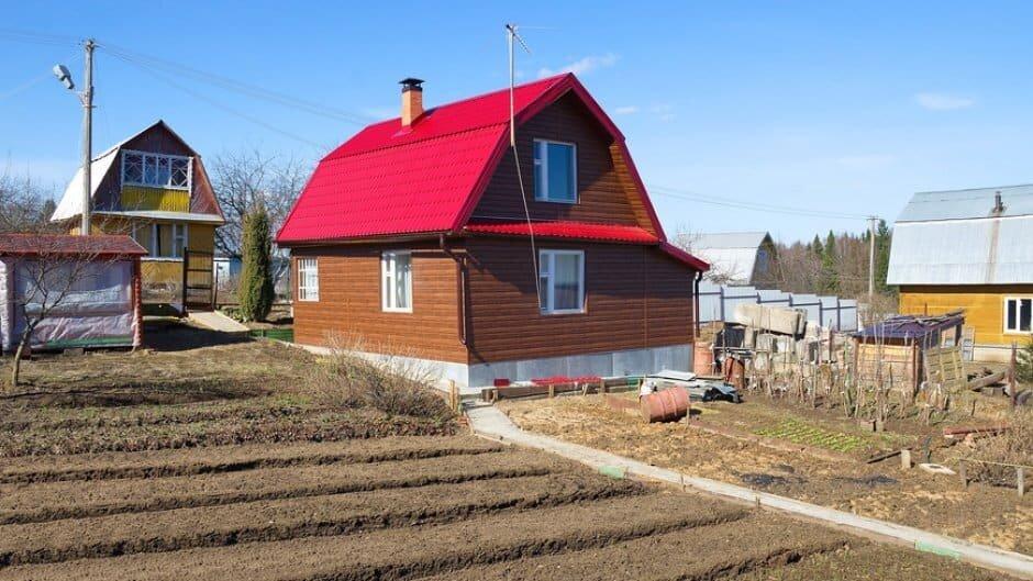 дом на чужом земельном участке