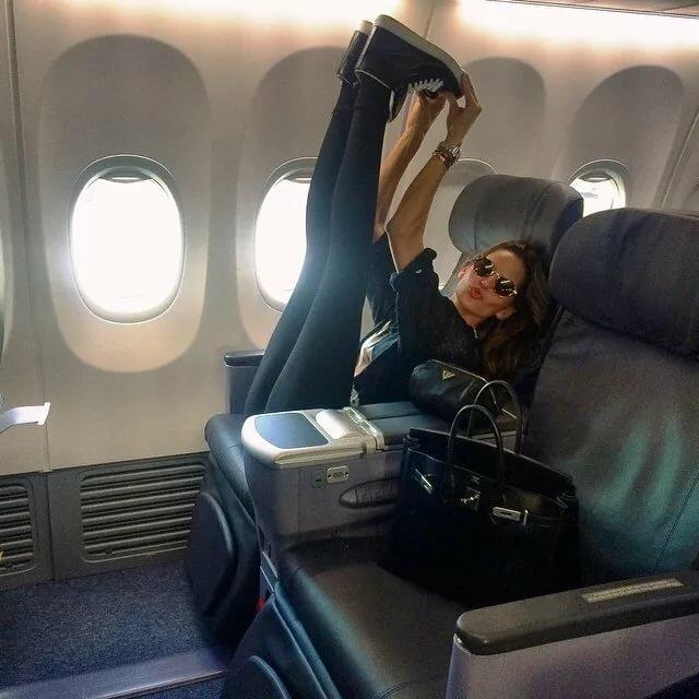 использовать очень как красиво сфотографироваться в самолете каком-то захудалом кино
