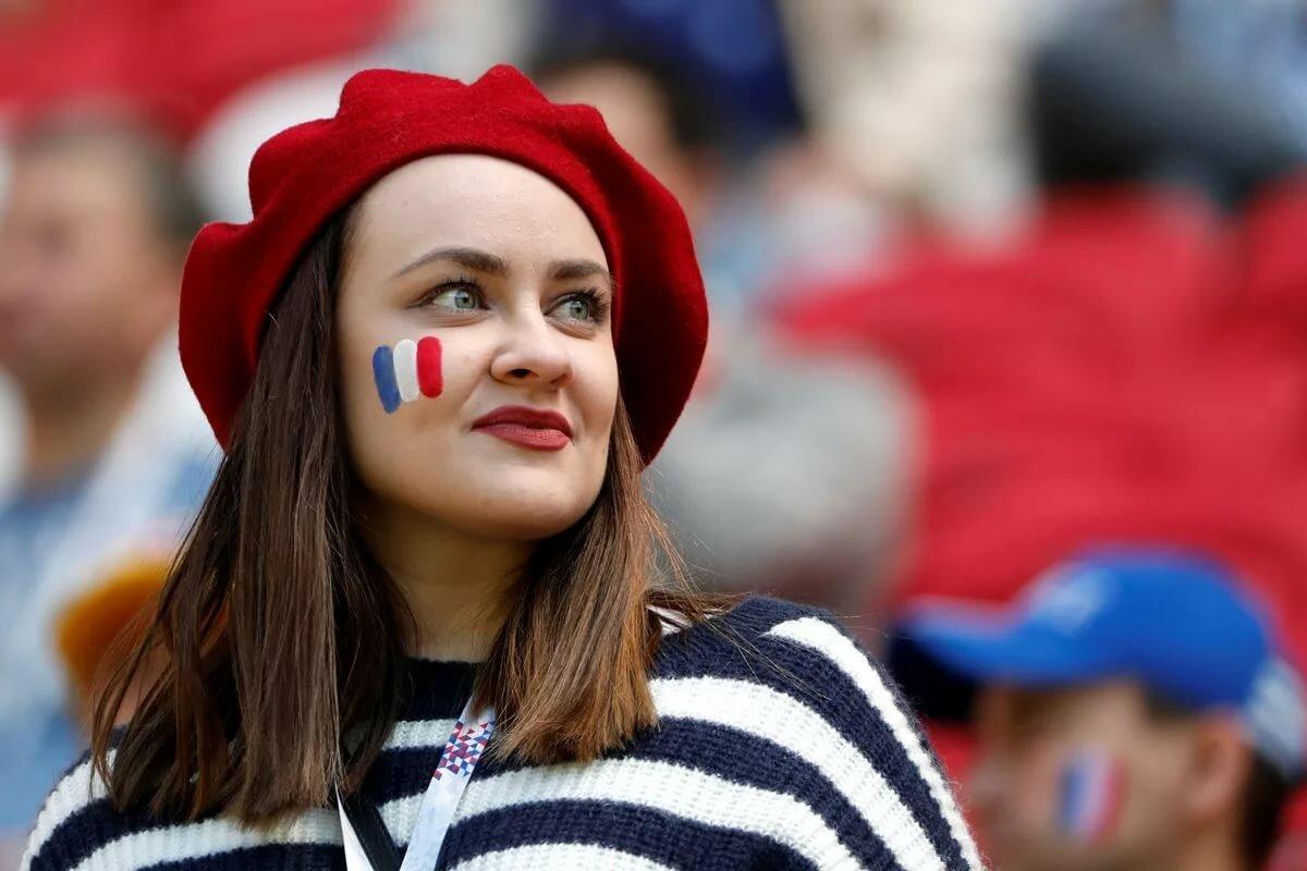 пластиковые, двери французские люди фото сложная руна, одной