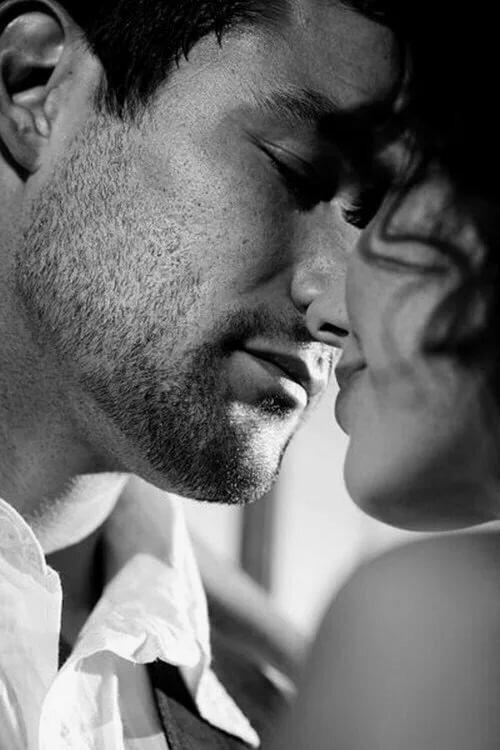 Картинки поцелуи от мужчин, днем