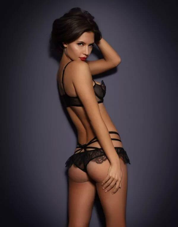 Attractive Lauren Valez Nude Pictures