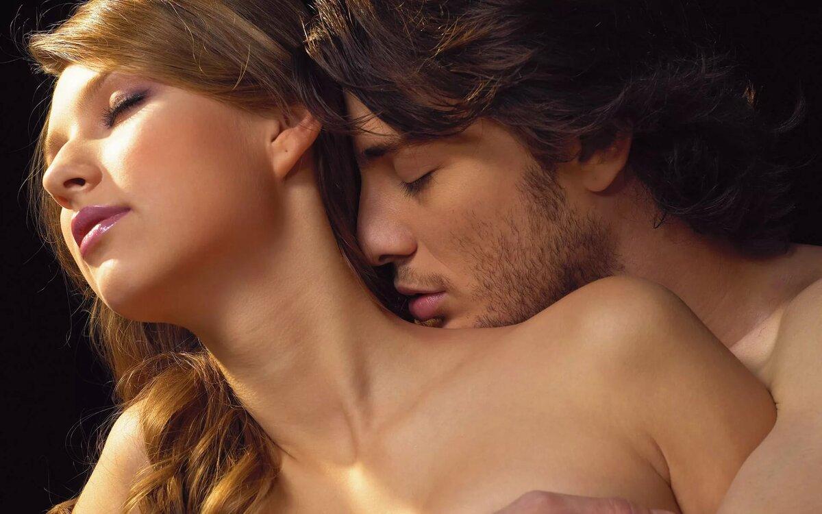 Открытка с поцелуями мужчины и женщины
