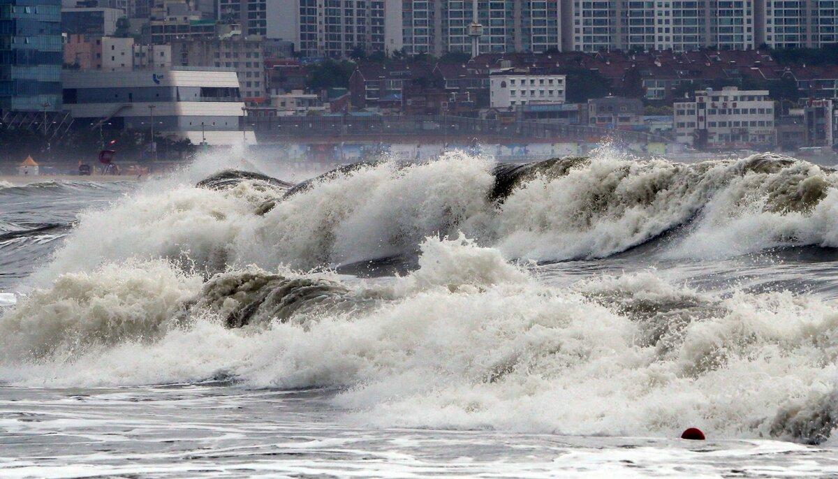 Картинки японского цунами