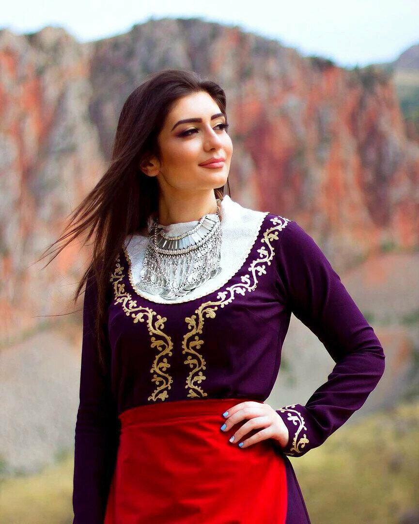 выборе мебели картинка армянка для армянина очень люблю курицу