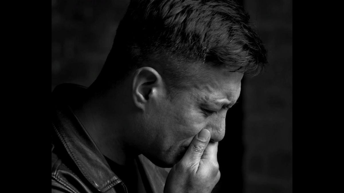 Плачущие мужчины фотосессия