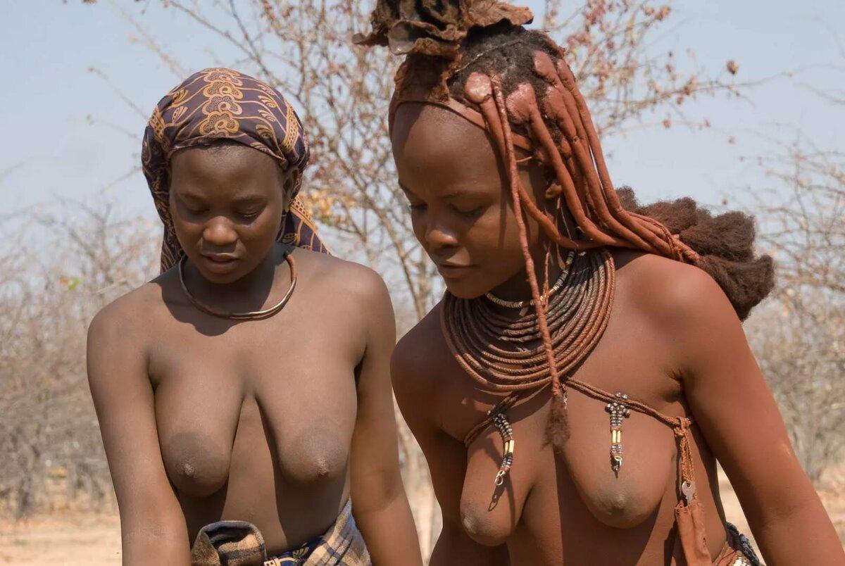 Интимное фото девушек в домашней обстановке голые красивые