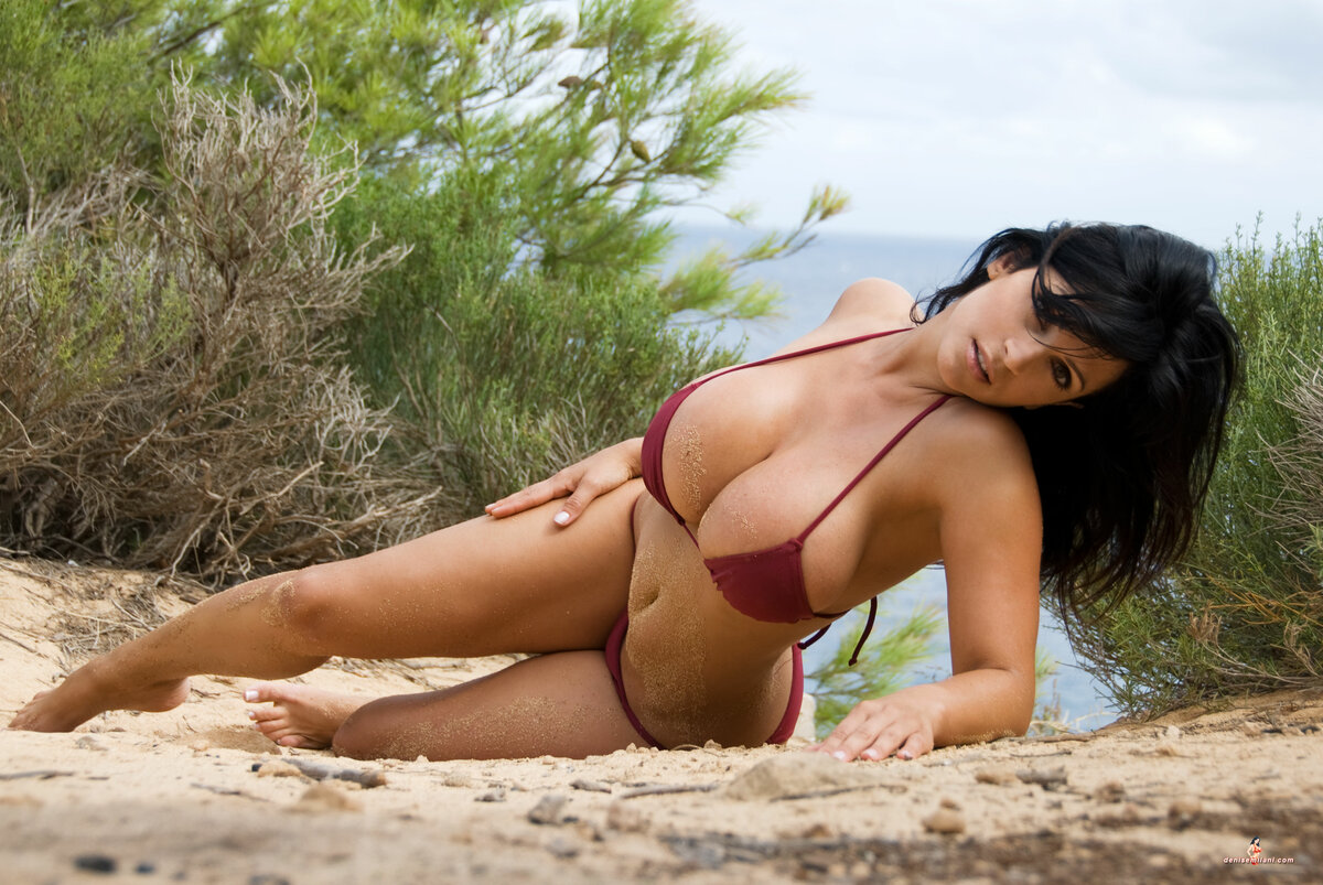 topless-girls-in-bikinis-nude-collage-chicks-pics-free