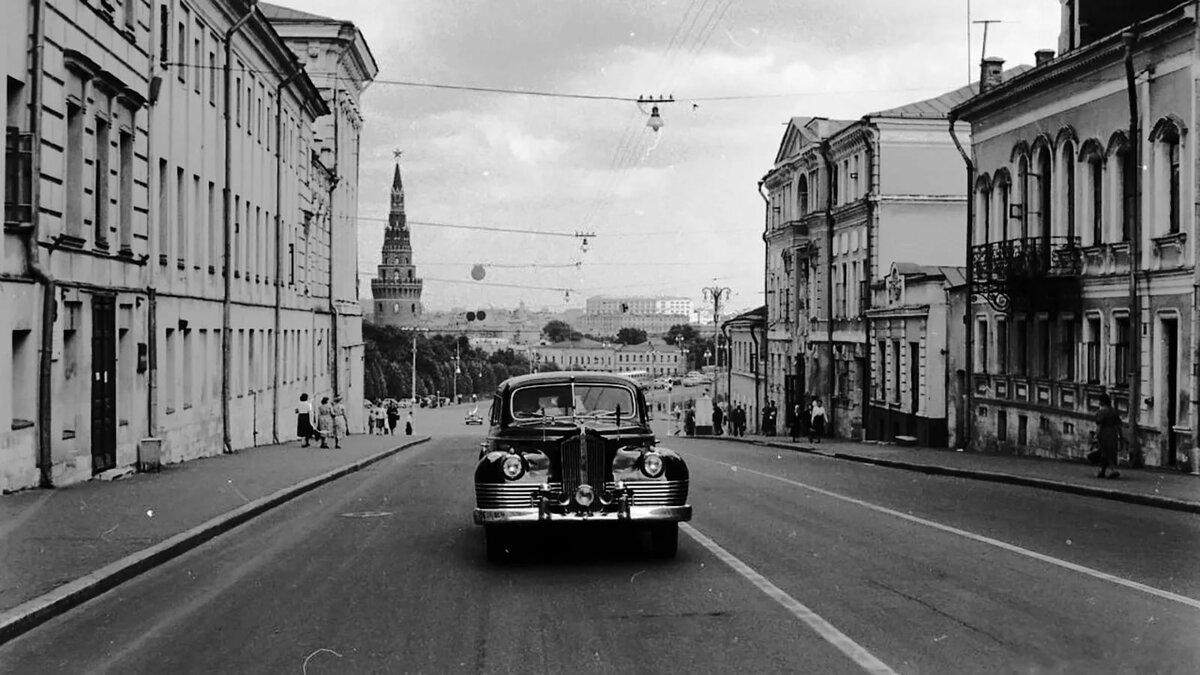 чистоты, старые фото улиц москвы бывал публичных домах