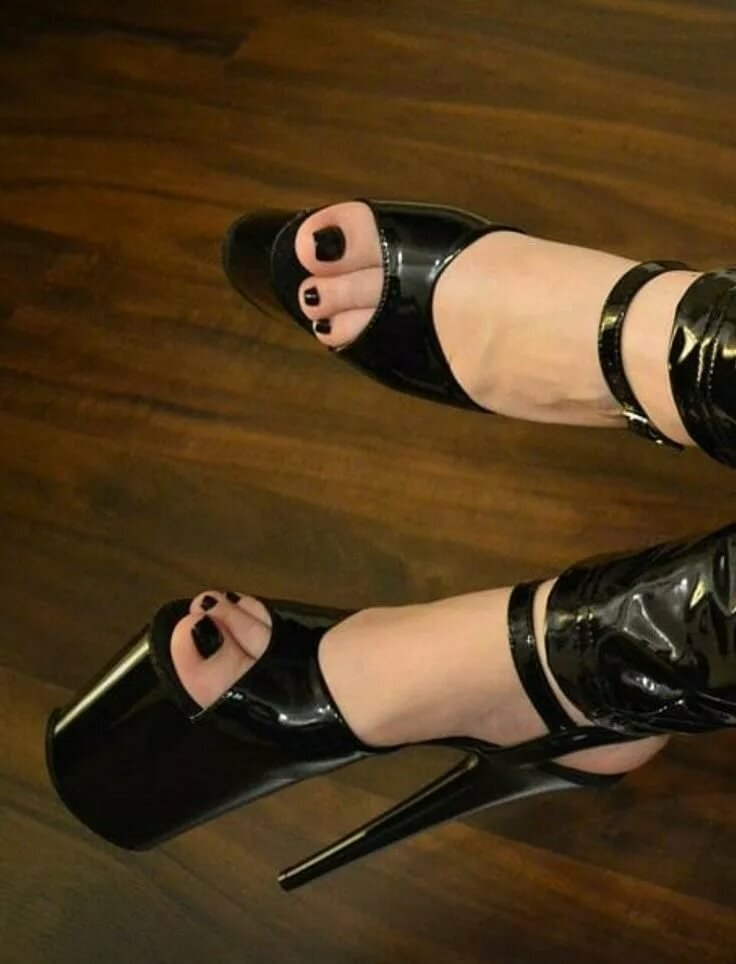Divine fetish footwear — photo 7