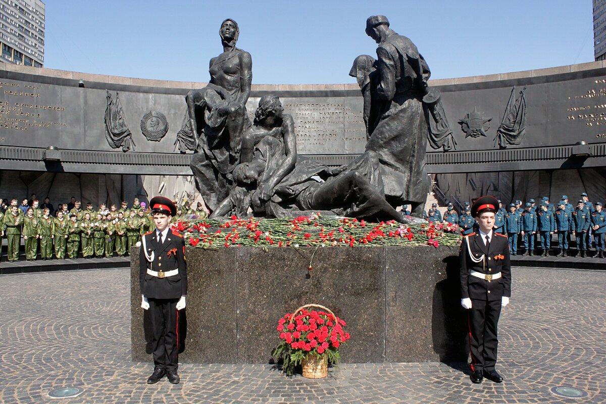 военные памятники россии в санкт петербурге места установки
