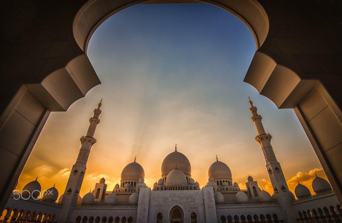 как красивые картинки с мечетью на аву таскать