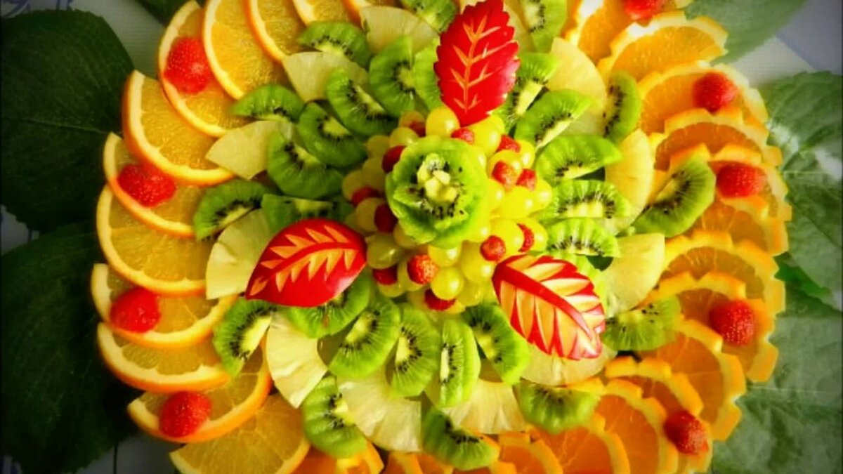 близкого нарезка фруктов весна фото дни недели понедельника