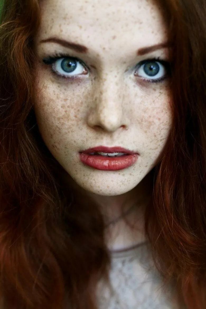 ho made freckles iconic - 736×1103