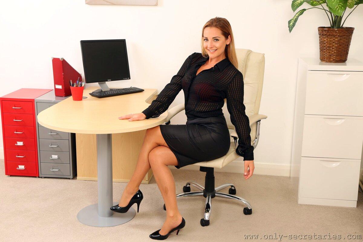 Картинки с изображением секретарши