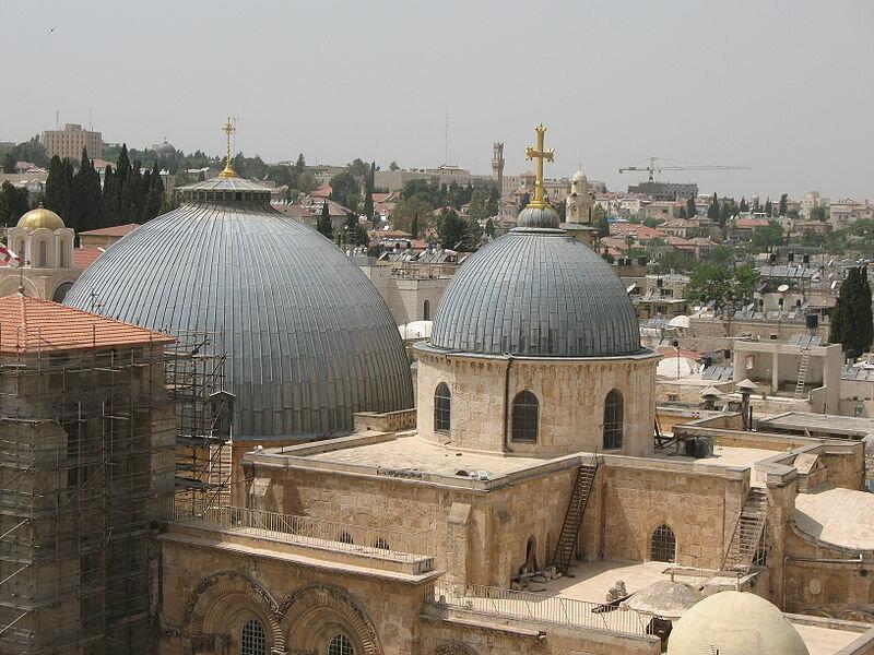 18 октября 1009 года по приказу египетского правителя Аль-Хакима разграблен и разрушен храм Гроба Господня