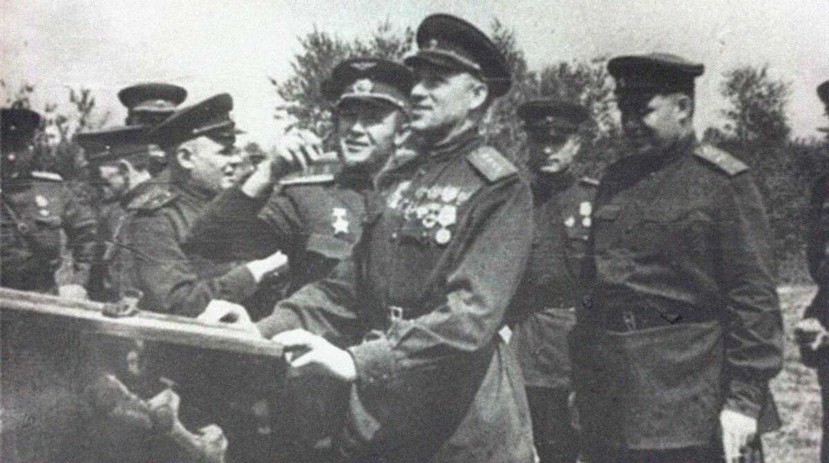 23 августа 1943 года Красная армия разгромила немецко-фашистские войска в битве на Курской дуге