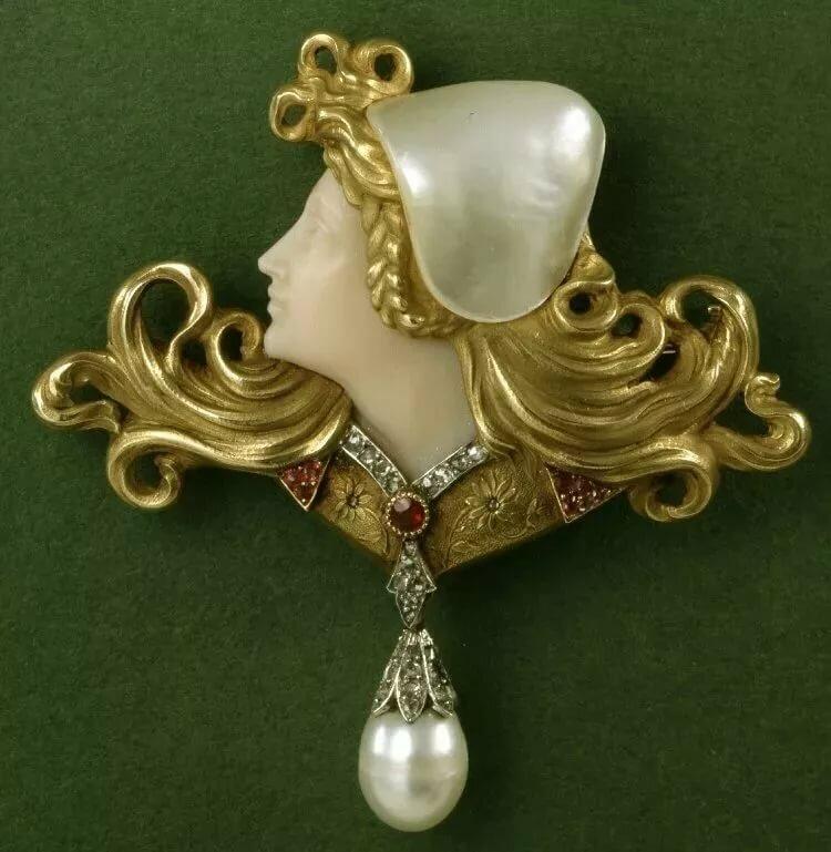 Ювелирные изделия браслеты женские золото фото такой патологией