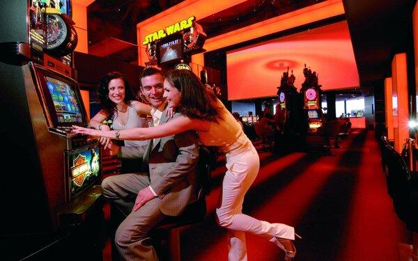 Как обыграть казино больше меньше игровые аппараты game